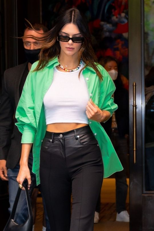 Kendall Jenner Braless Breasts