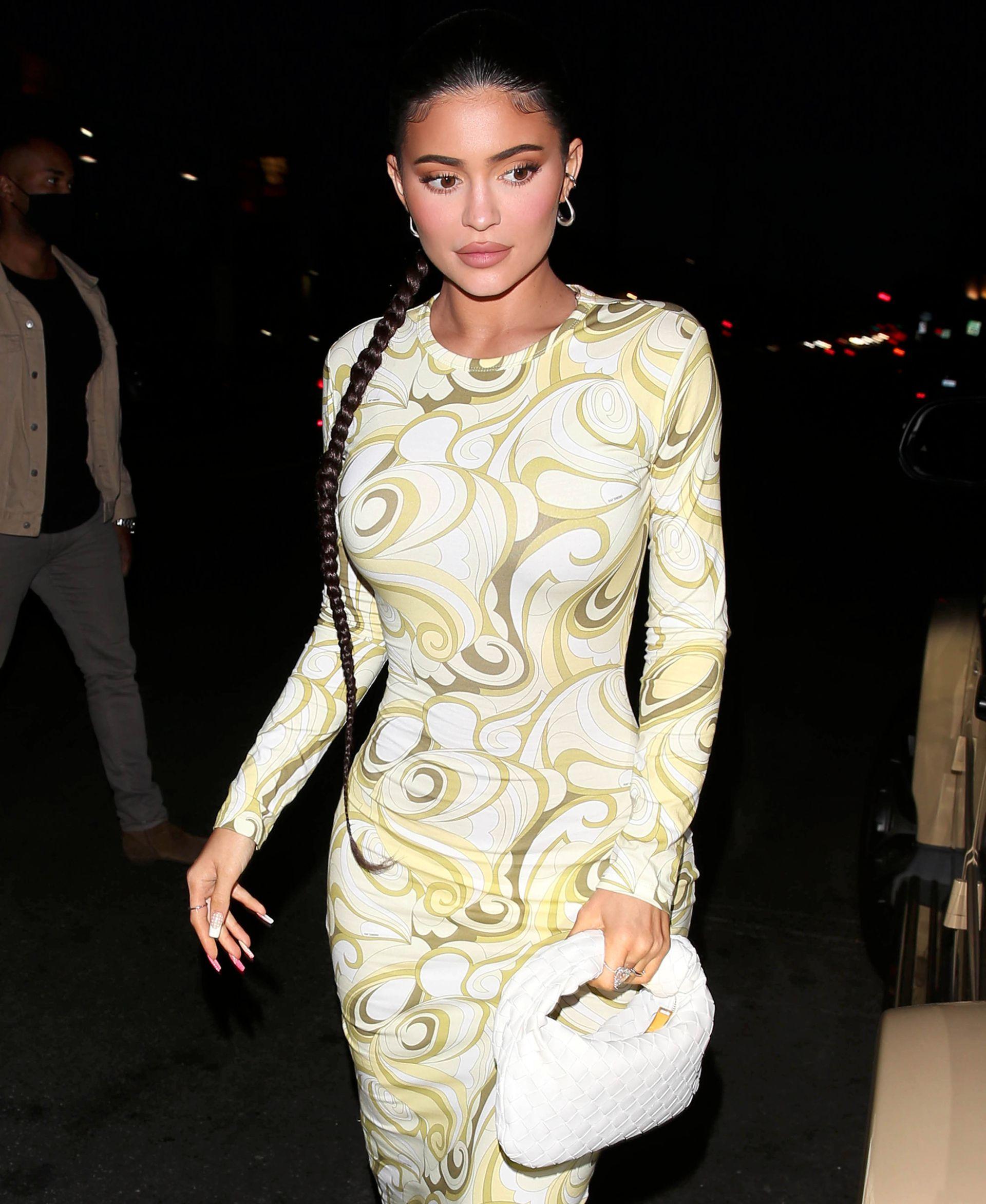 Kylie Jenner Busty