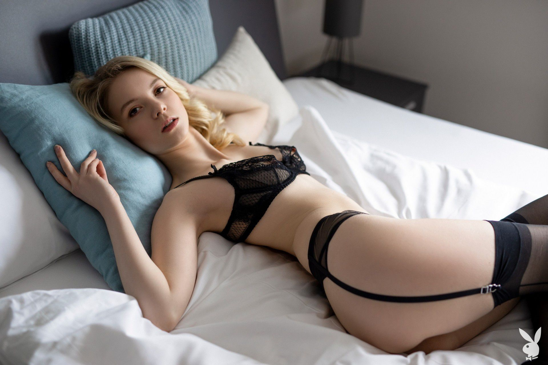 Emmi Naked Photoshoot