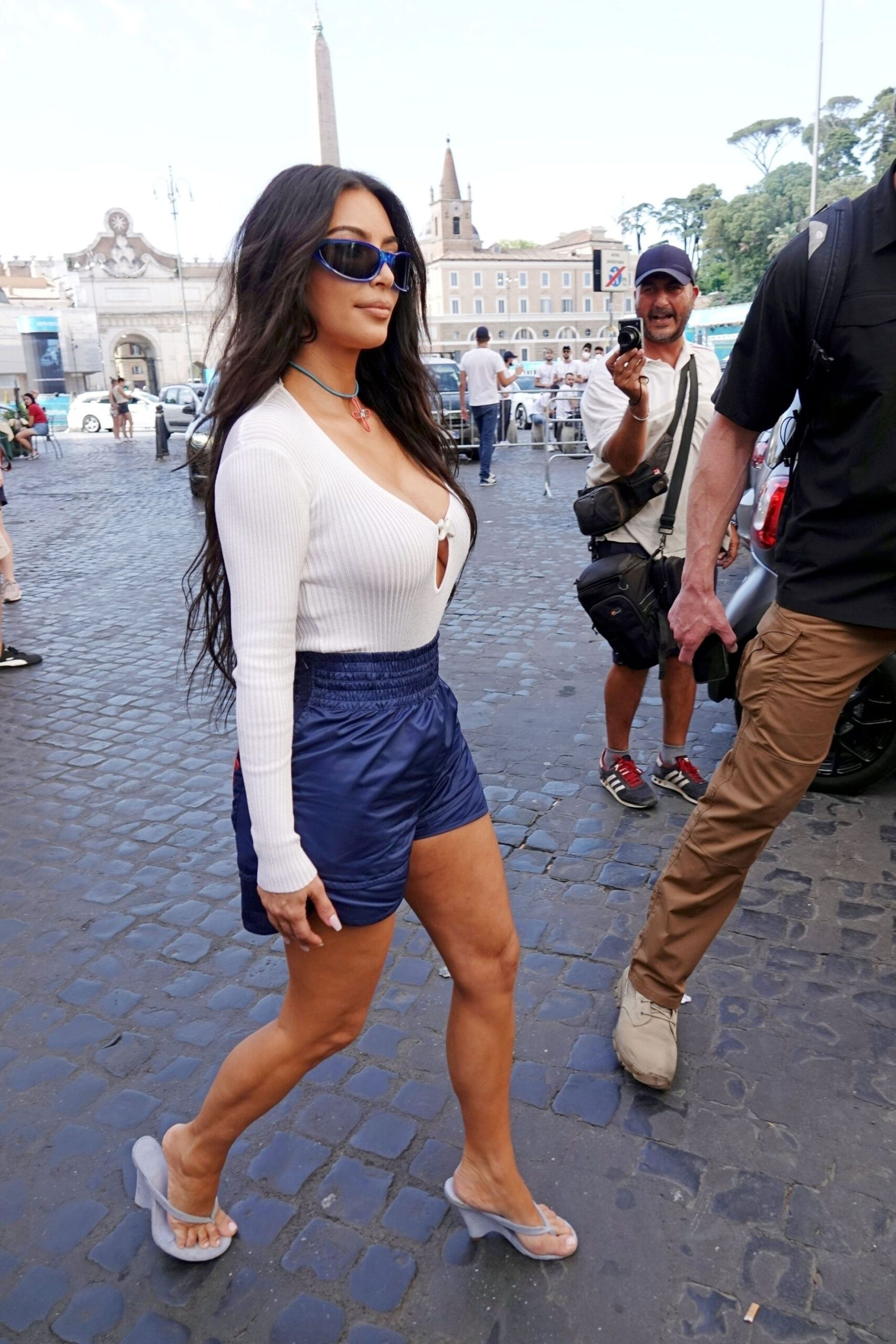 Kim Kardashian Huge Braless Boobs