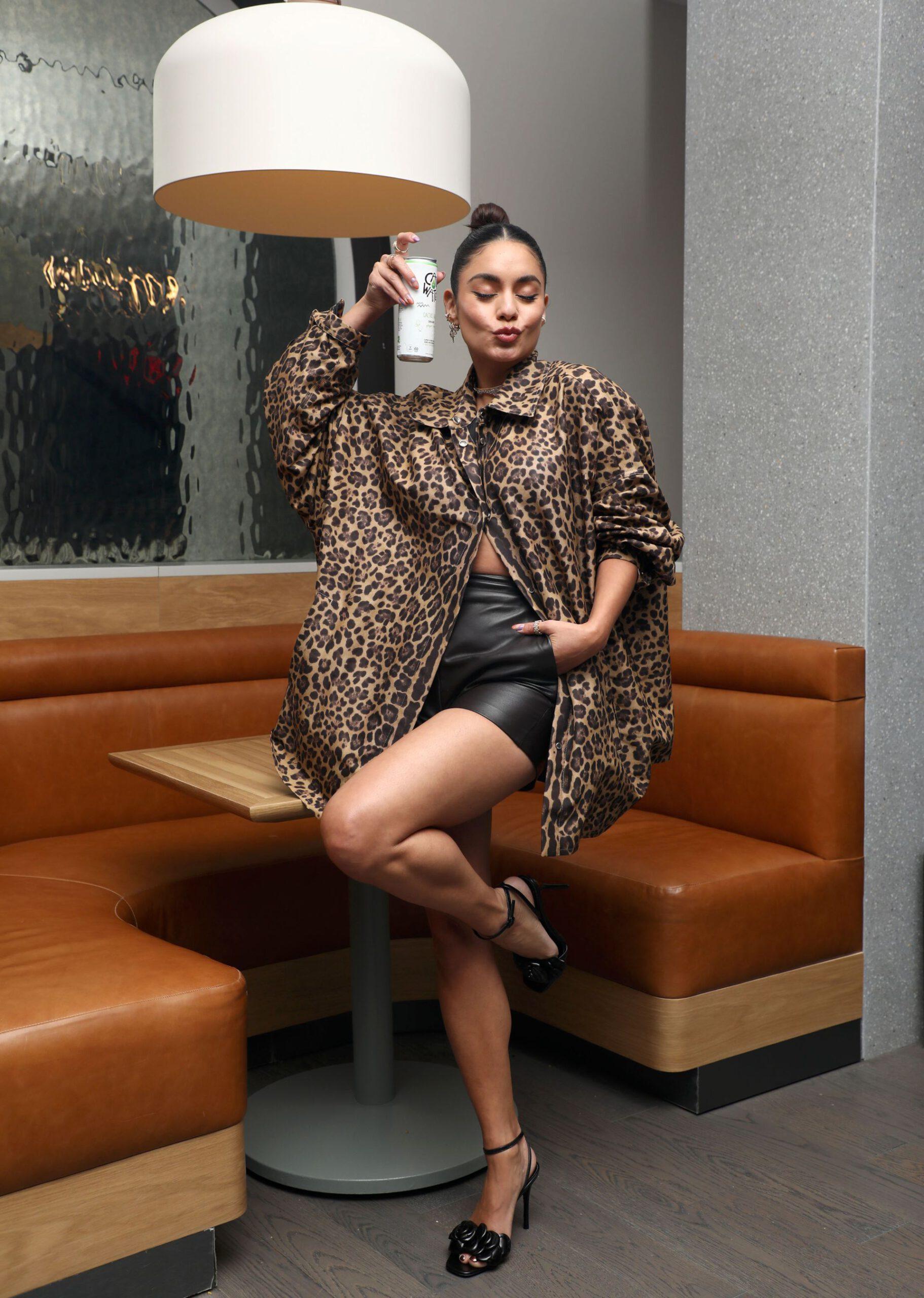 Vanessa Hudgens Beatiful In Shorts