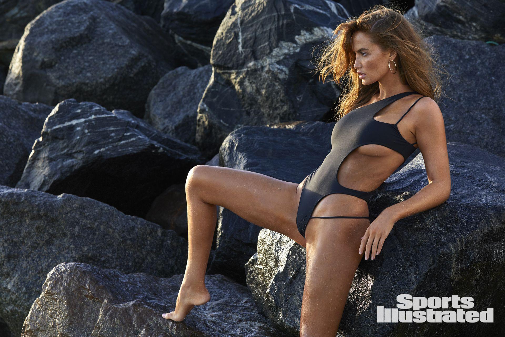 Haley Kalil Sexy Body
