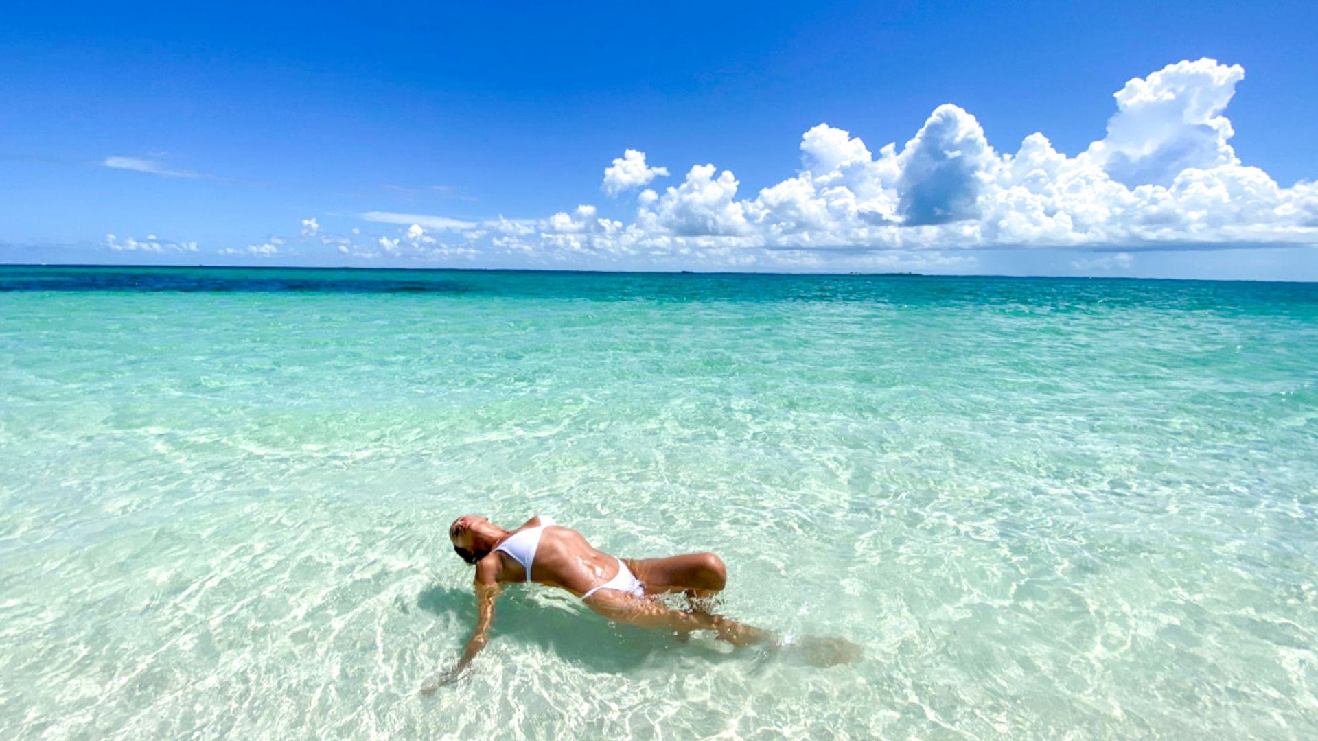 Irina Shayk Sexy White Bikini