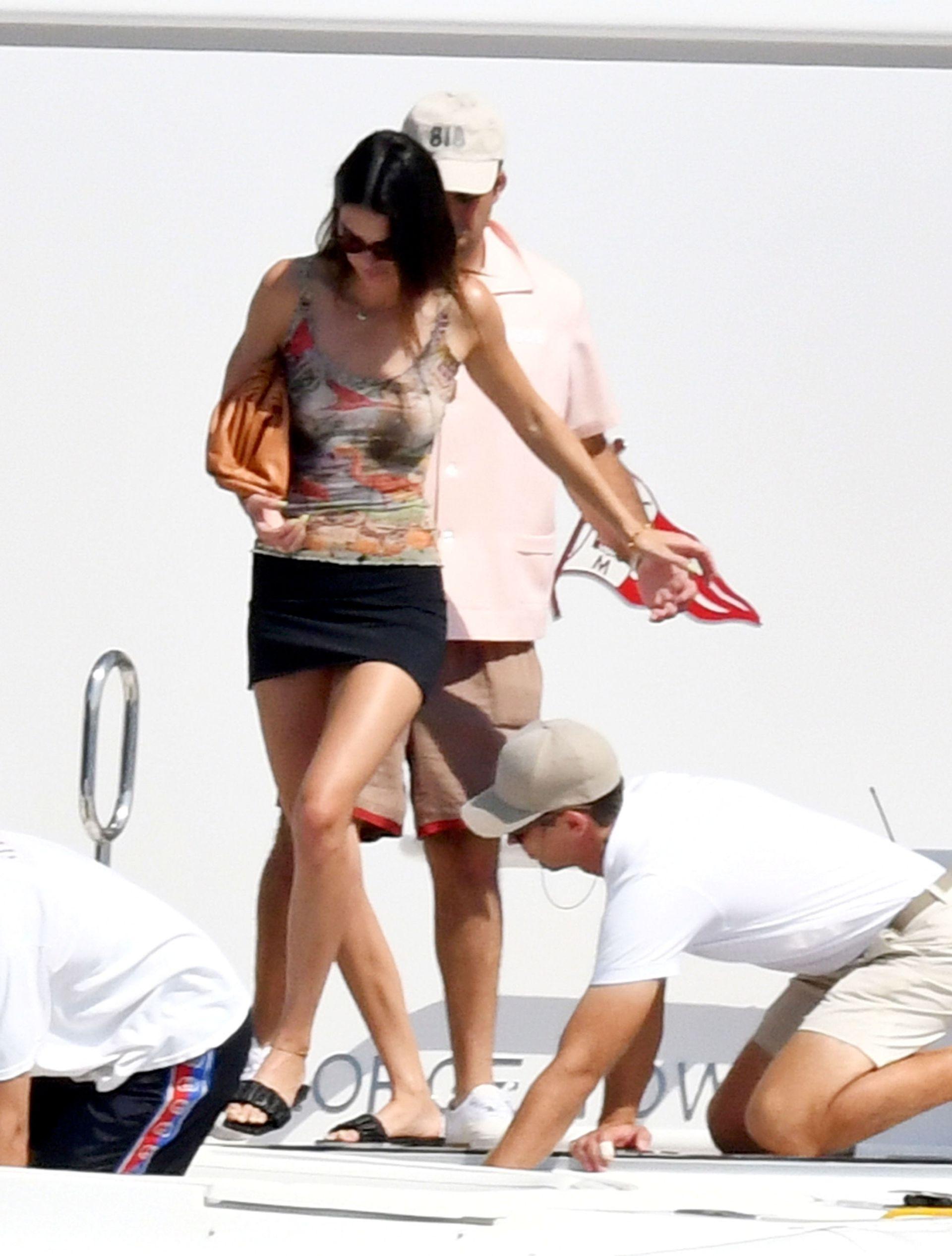 Kendall Jenner In Tiny Bikini