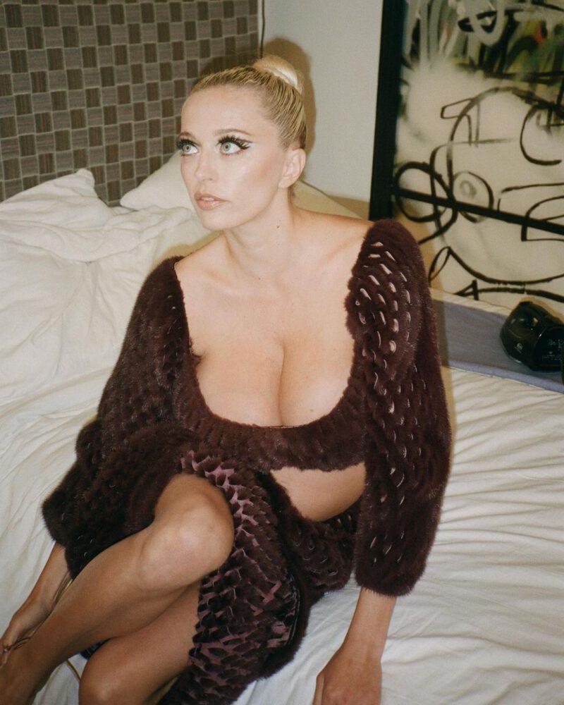 Caroline Vreeland Big Boobs