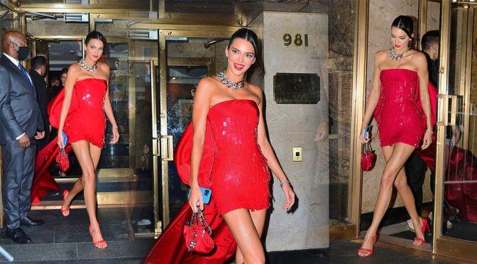 Kendall Jenner Fantastic Legs In Short Dress