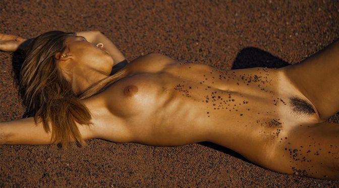 Marisa Papen – Fantastic Body in a Nude Photoshoot by Kesler Tran (NSFW)
