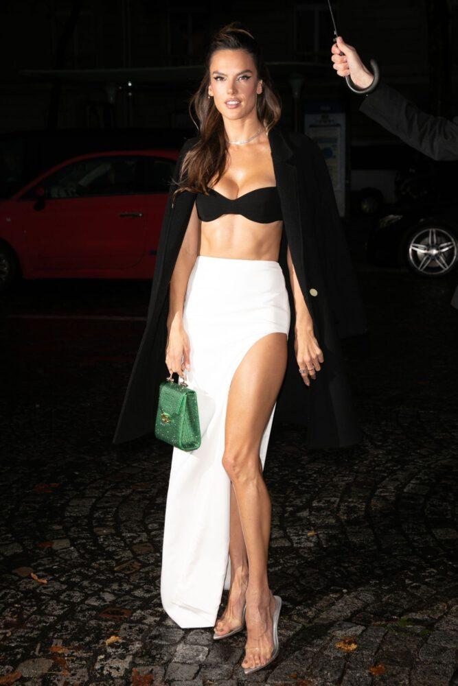 Alessandra Ambrosio Gorgeous Legs Boobs