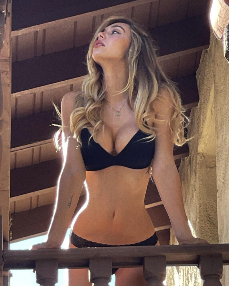 Alexis Ren Sexy Boobs In Bikini