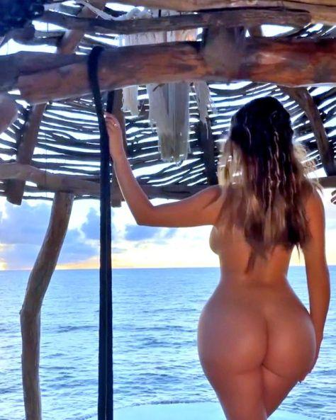 Demi Rose Mawby Naked Big Ass