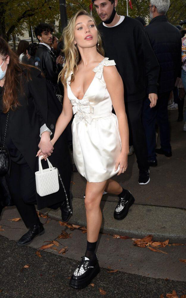 Maddie Ziegler Braless Boobs And Sexy Legs