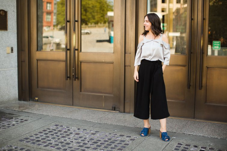 Black wide leg culottes and MIA denim mules with mejuri jewelry