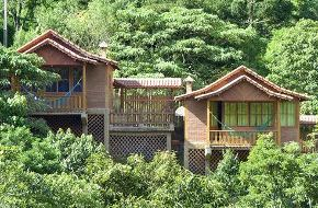 Hotéis e Pousadas na Praia do Sossego