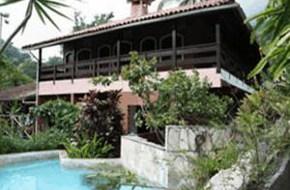 Hotéis e Pousadas na Praia da Feiticeira