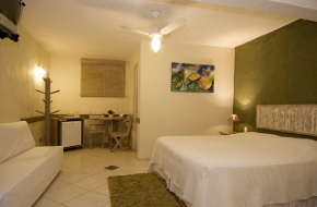 Hotéis e Pousadas na Praia do Itaguassú