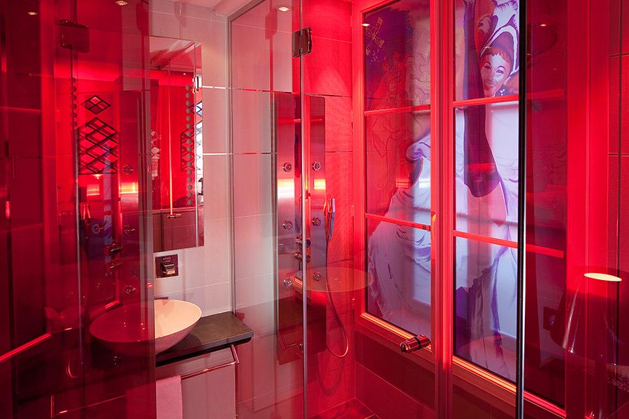 Moulin Rouge Rooms with rainfall shower Boutique Hotel Secret de Paris