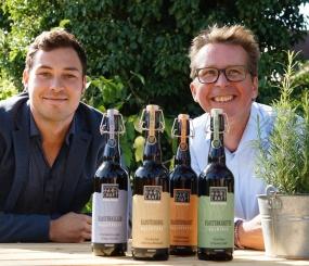 Die Jungs von der Mikrobrauerei Harzer Craft-Bier liefert die Bierbegleitung zur Harzer Menübox