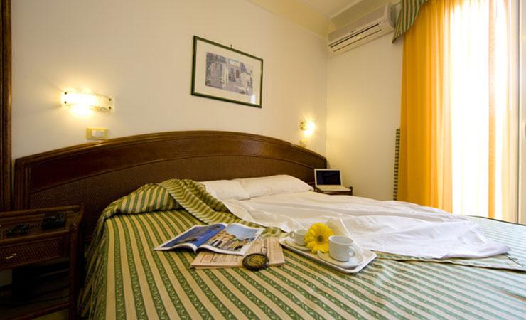 Casthotels  Hotel Terme Punta del Sole Ischia  4 Stelle con Terme a Forio Centro