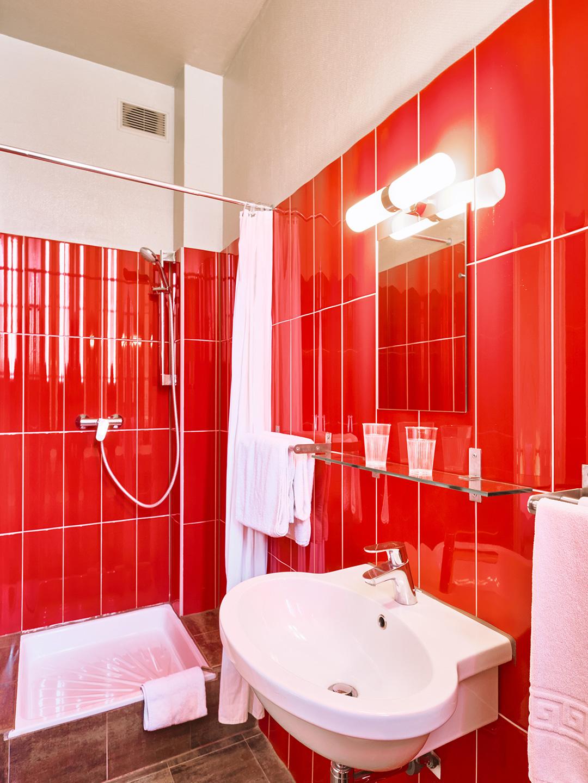 Hôtel Lemon - Menton - Salle de bain - Côté rue