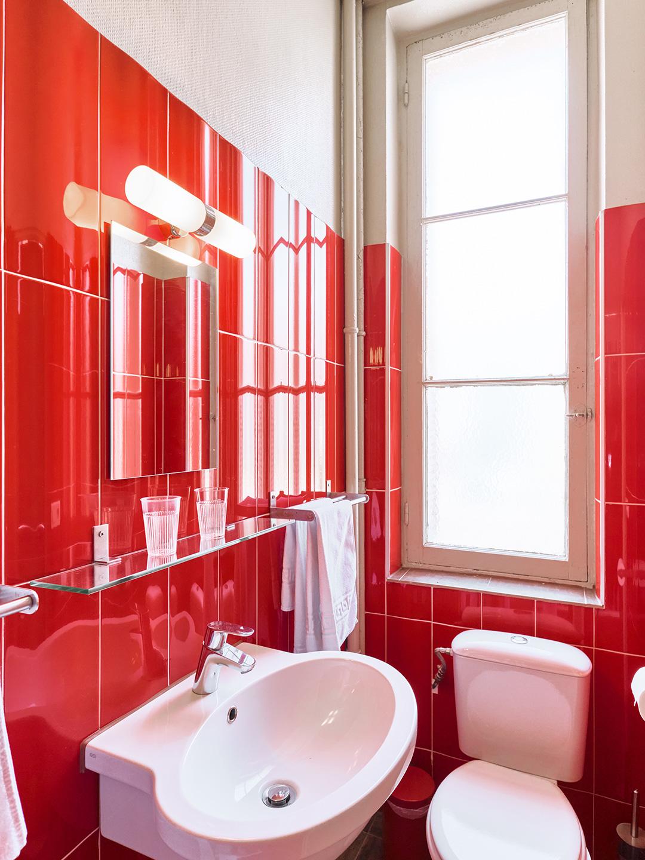 Hôtel Lemon - Menton - Salle de bain et toilettes - Côté rue