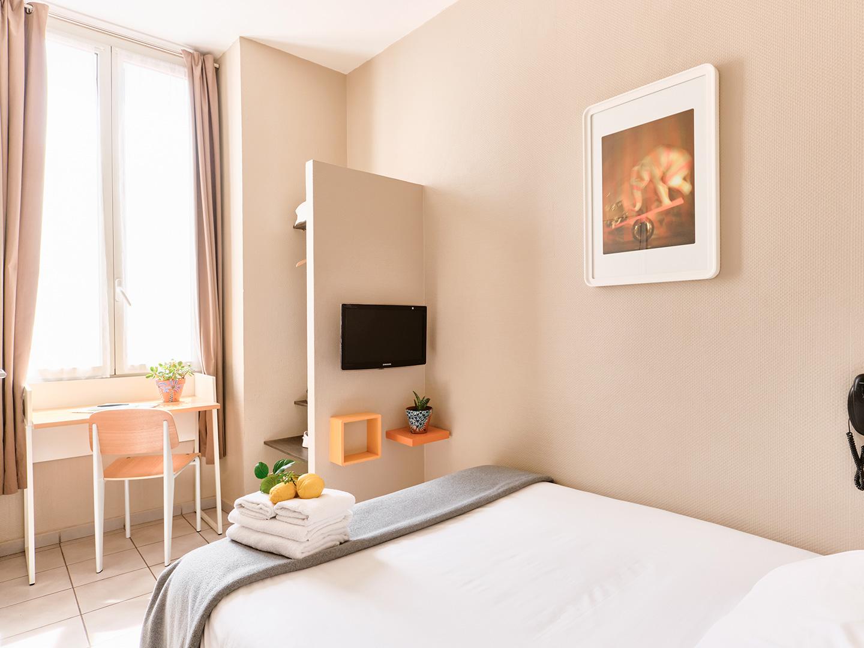 Hôtel Lemon - Menton - Chambre rez de chaussée