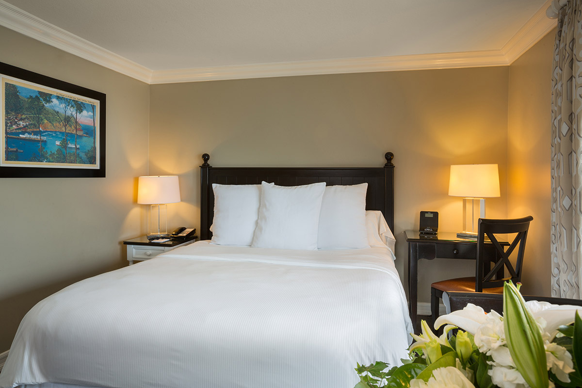 Guest Rooms  Catalina Island Hotel Rooms  Packages