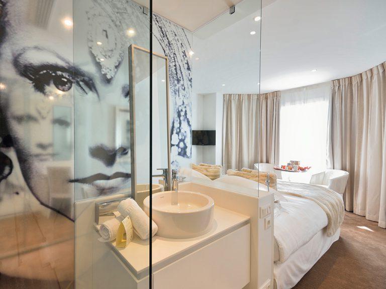 renoir-chambre-prestige-design-4-768x576