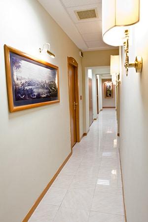 corridoio hotel amadeus