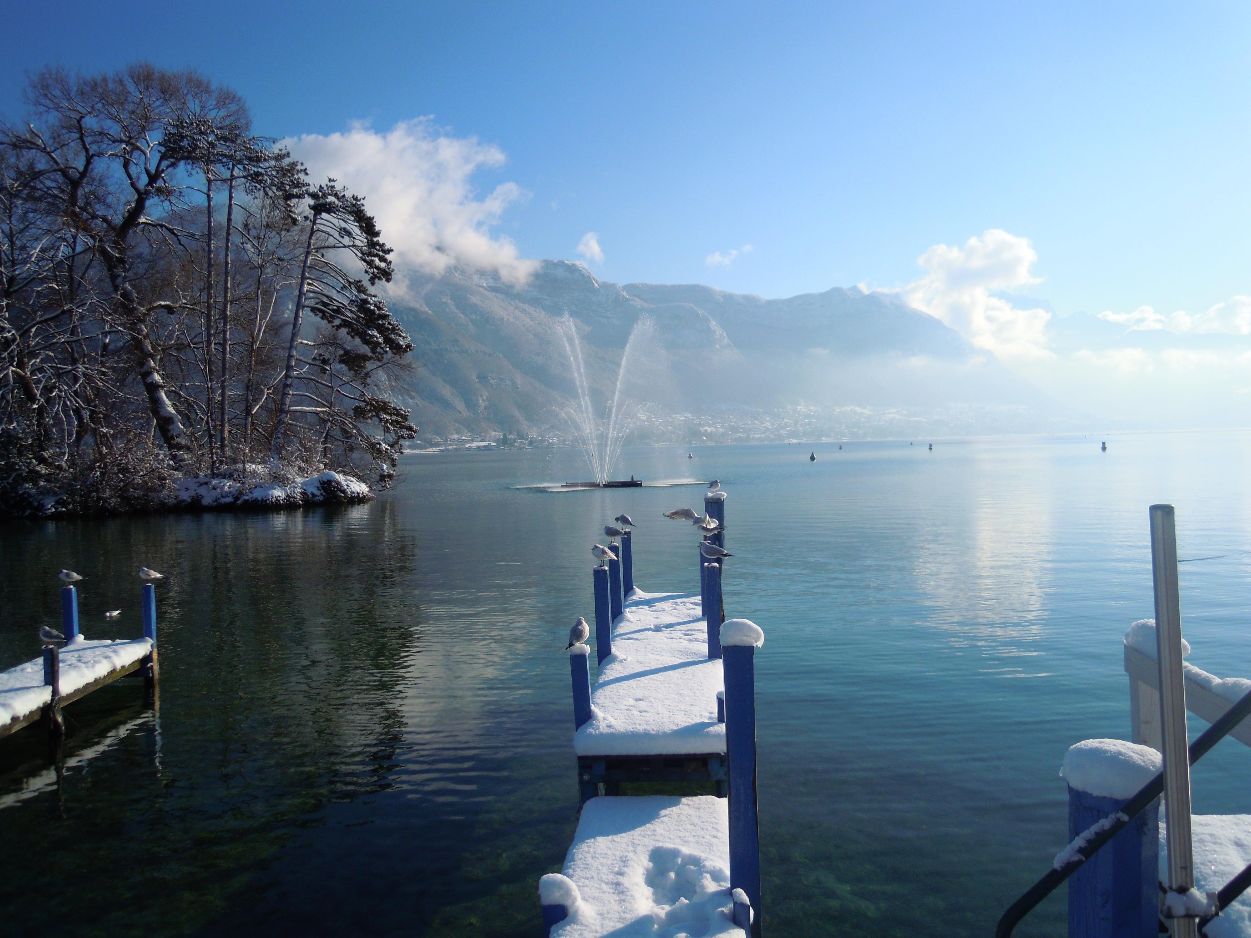 Annecy Profiter Du Charme De La Venise Des Alpes En Hiver