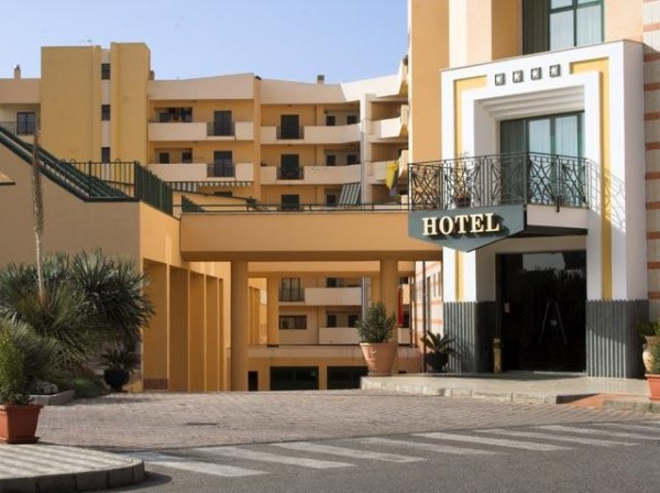 Dove siamo e contatti Hotel e Piscina Reggio Calabria APAN