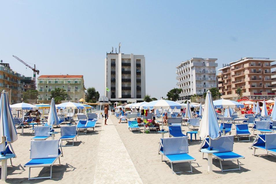 Hotel Torre Pedrera Rimini albergo 3 stelle sul mare di