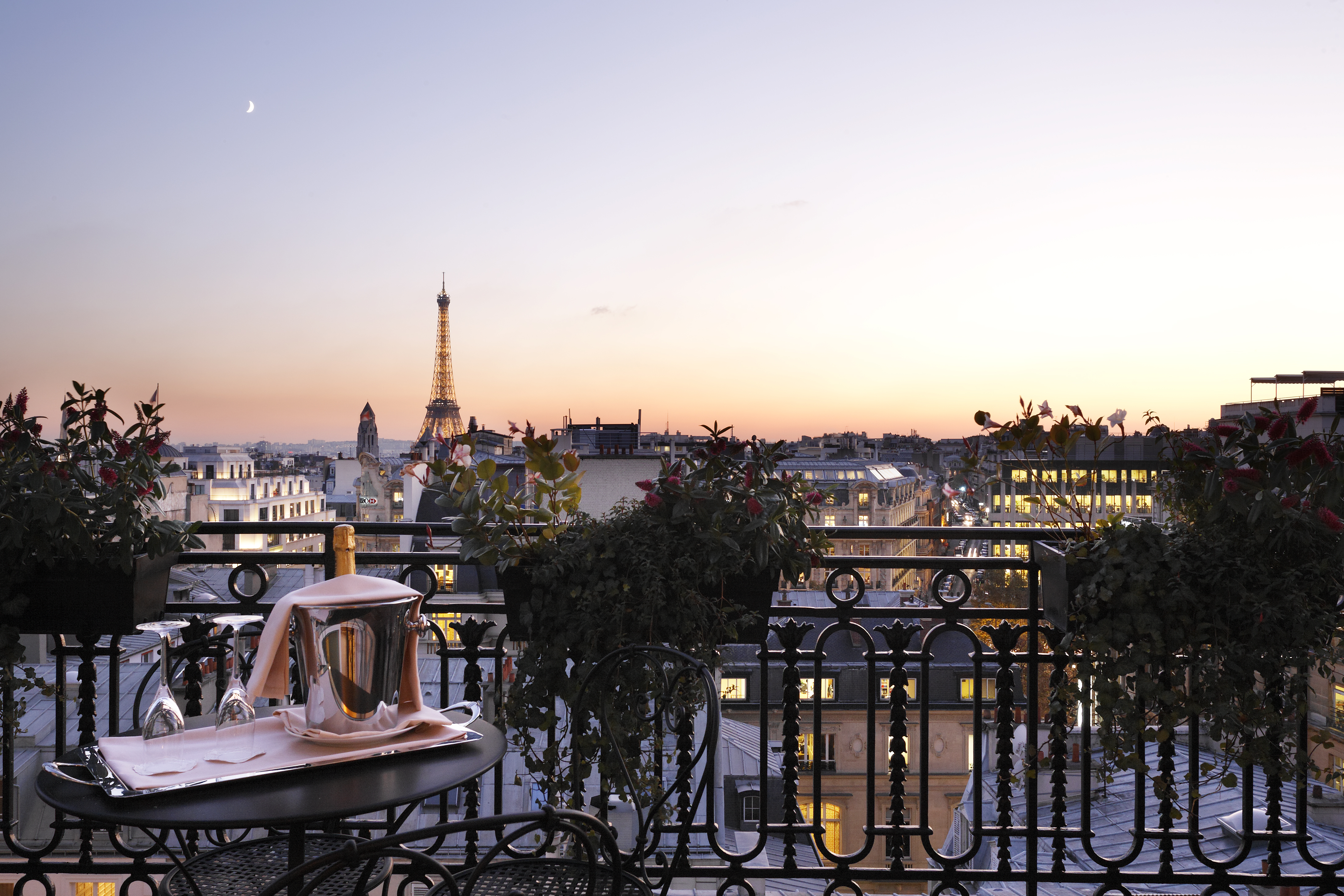 Best Hotels To Stay In Paris Near Eiffel Tower France