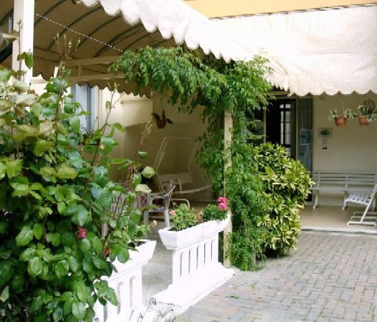 Hotel Casa Mia Lido di Jesolo via dei pioppi 5  VENEZIA
