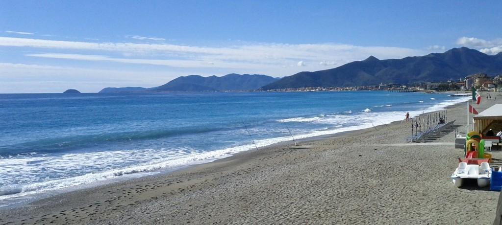 Hotel vicino Spiaggia Pietra Ligure Alberghi sul mare