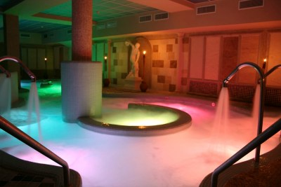 piscina-activa-spa-domus-aurea