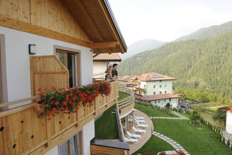 Hotel Altopiano Di Pine E Valle Di Cembra Con Piscina