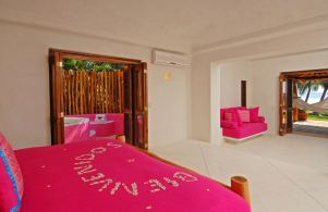 Domo Master Suite