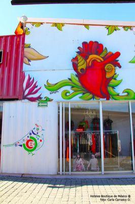 Hoteles-Boutique-en-Mexico-conociendo-cholula-a-pie-tiendas-de-artesanias