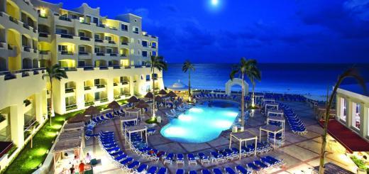 gran-caribe-real-resort-spa-alberca
