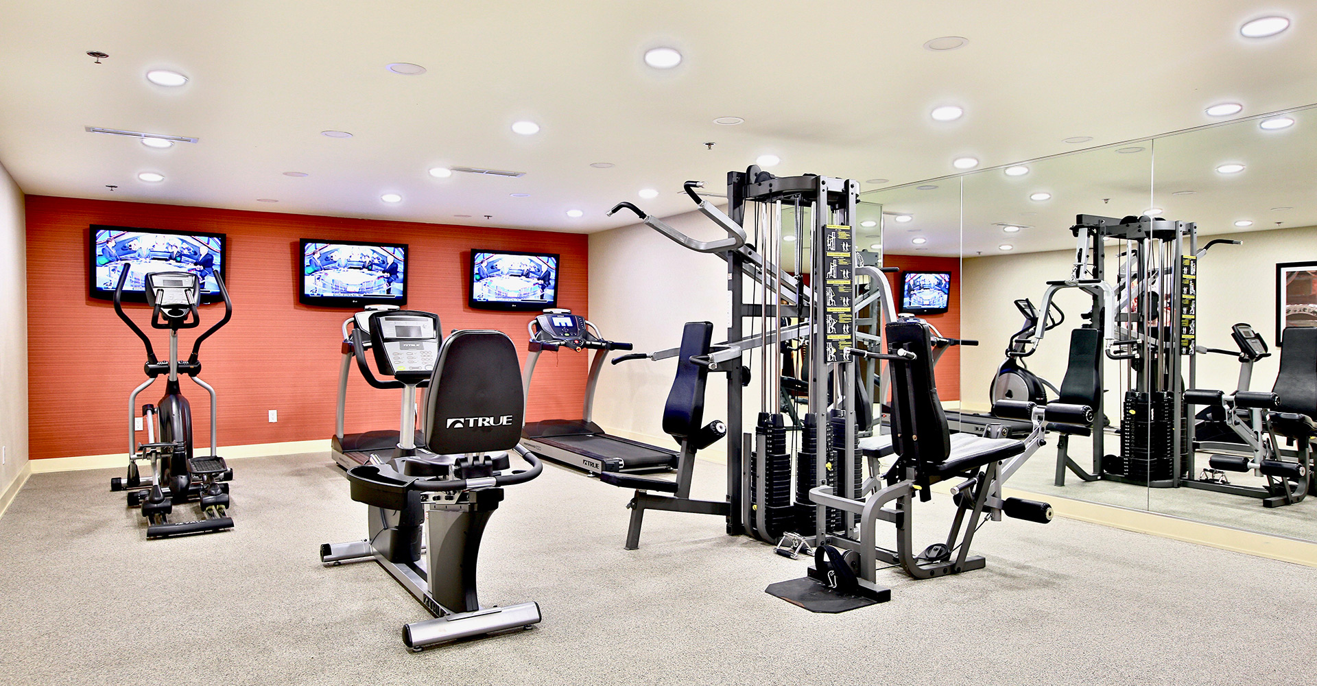 Best Western Plus Hotel Europa Montreal Gym