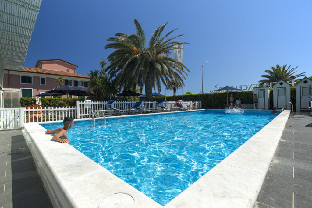 Hotel Excelsior   Hotel a Marina di Massa  Toscana  Italy