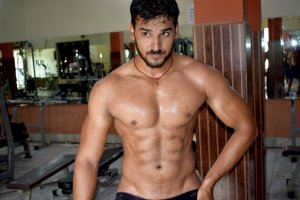 chest cuts abs