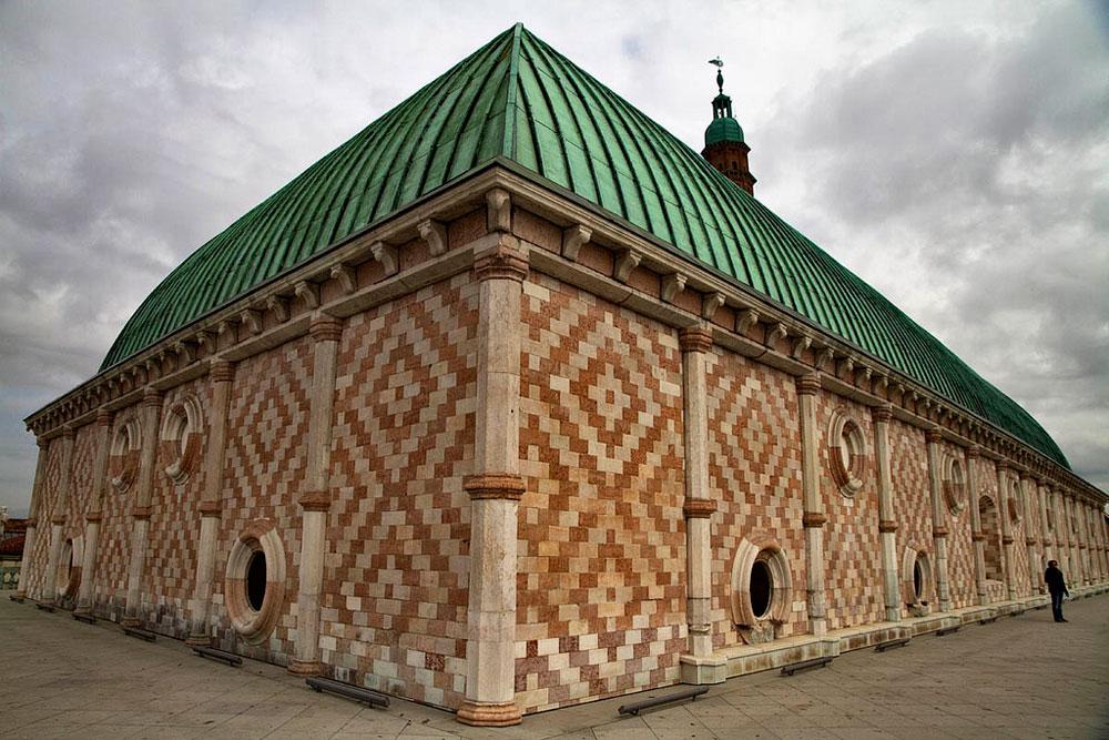 La Basilica Palladiana il simbolo di Vicenza  Hotelfreeit