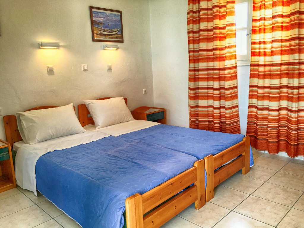 Two bedroom apartment for 3 or 4 pax with kitchenette - Helena Hotel Ios Cyclades Greece