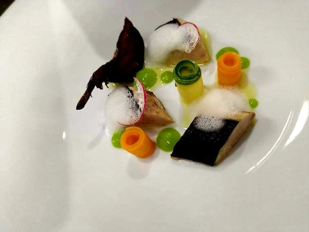 sxoli chef hotelier education