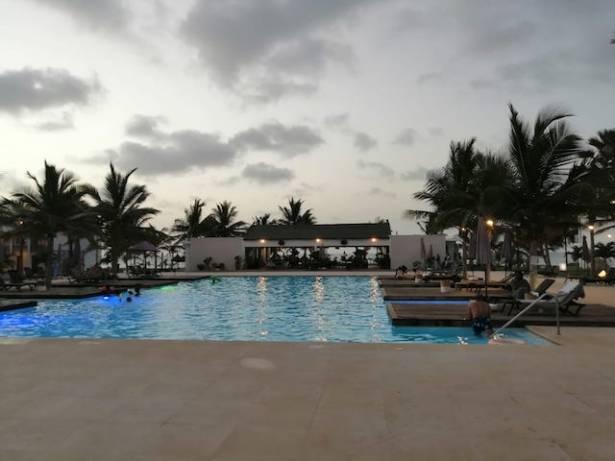 Pool und Strand Tamala