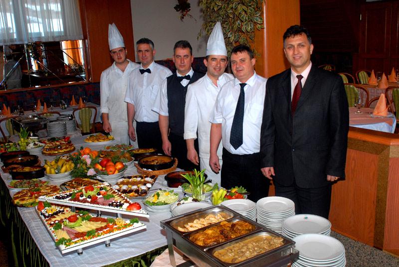 """Ресторан во Хотел """"Молика"""