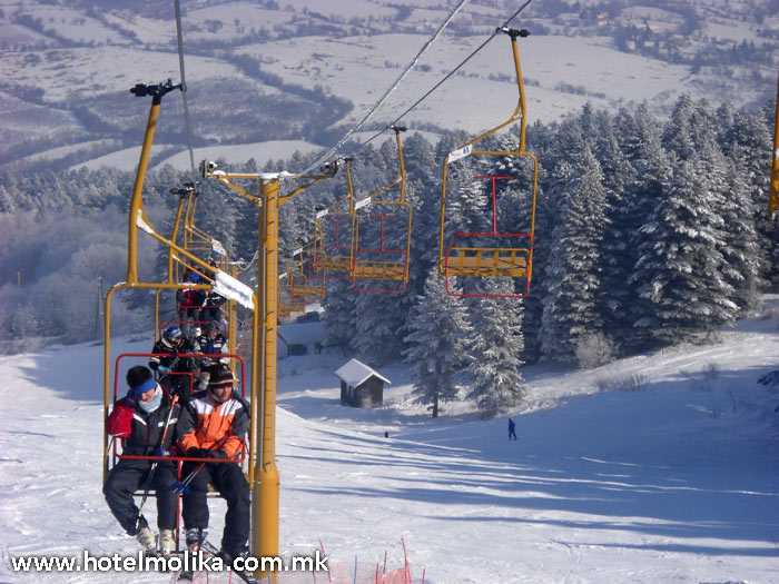 Winter mountain tourism in Pelister