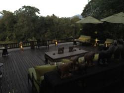 lobby_four_seasons_tented_camp-chiang_rai_tailandia-hotelnews_traveller