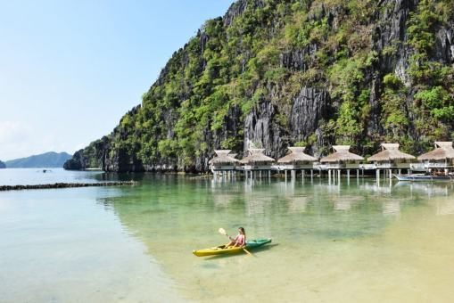 Praia na ilha de Miniloc